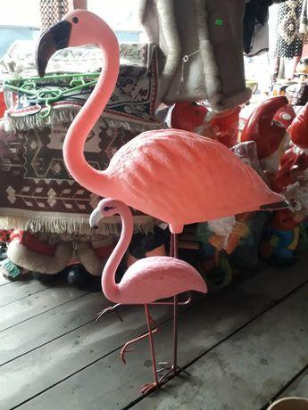 Flamingo decor gradina