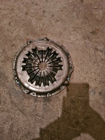 Претисквателен диск за Mazda 6   121 к. 2004 г. Дизел