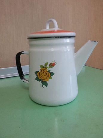 Посуда чайники 2лит и 0,8л