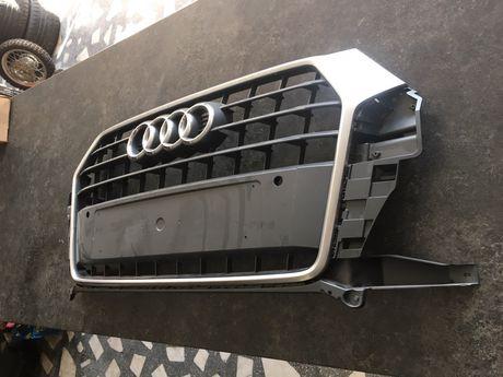 Grila fata Audi Q3