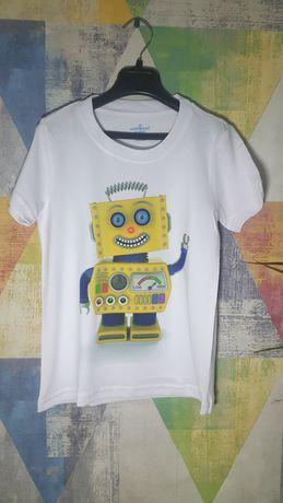 нанесение логотипов и рисунков на футболки свитшоты толстовки