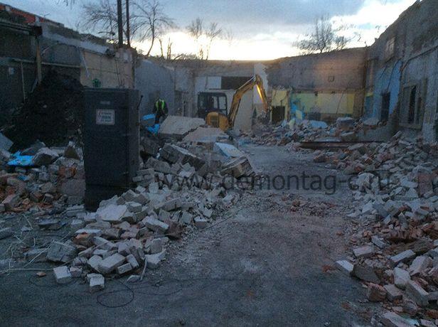 Снос стена демонтаж