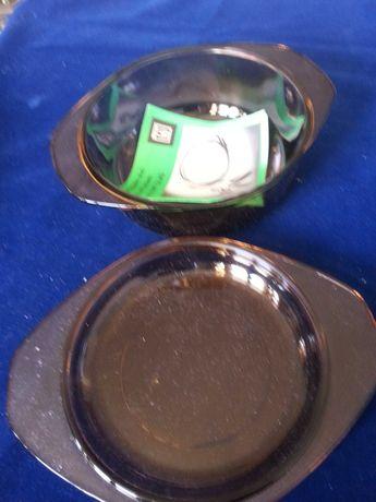 Jena Glas: 2 купи с капак и 2х10 чашки  х 50/100 мл /+2 крист. подноса