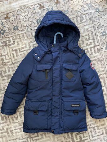 Куртка на мальчика 3-5лет