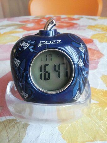 """Говорещ часовник """"Bozz """""""