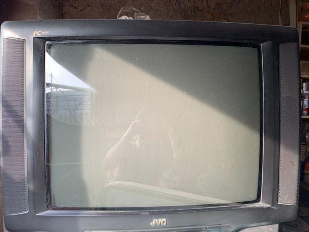 Телевизор цветной, рабочее состояние
