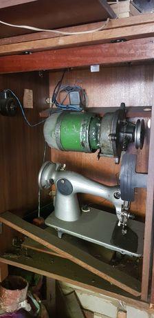 Швейная машина электрическая