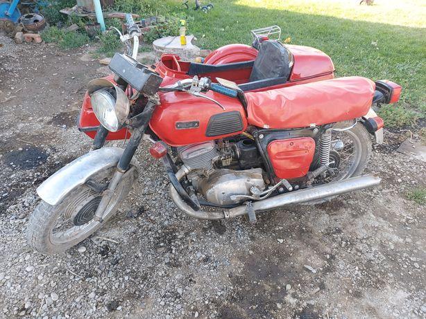 Мотоцикл ИЖ Планета 4 в отличном состоянии