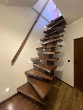 Дървени стълби и конструкции