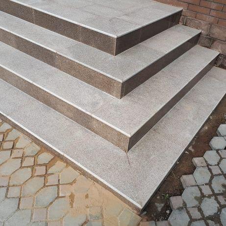 Ступени натуральный камень из гранита, лестница, уличные.