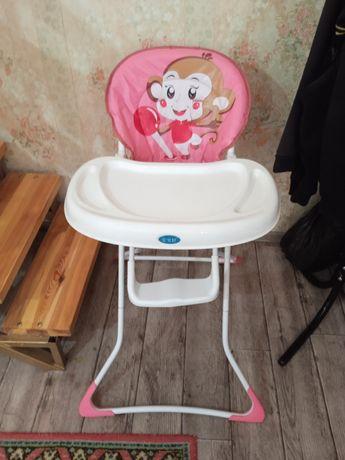Детский стульчик для обеда