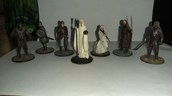 "Оловни фигурки на ""The lord of the rings """