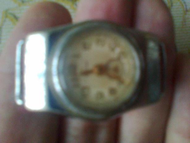часы наручные дамские СССР обмен