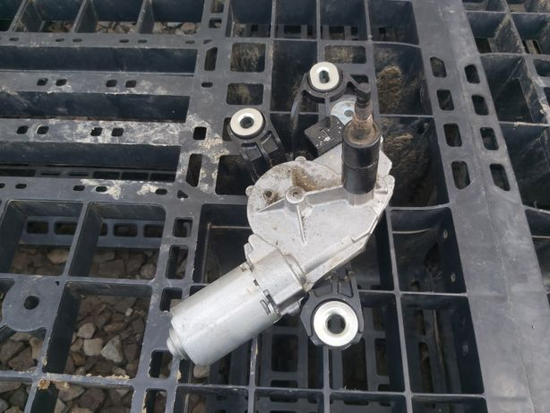 Motoras stergator spate portbagaj Vw skoda audi seat
