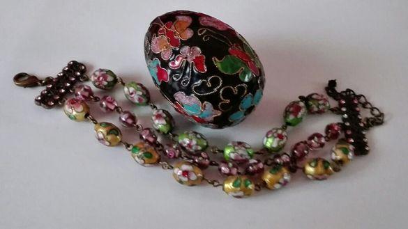 Декоративно яйце и чудесна гривна Клоазоне