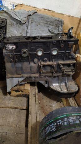 Двигател за МЕРЦЕДЕС за бус 207D(долнище).