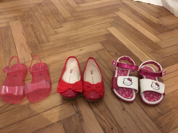 Pantofi si sandale pt fetite 160 toate 3