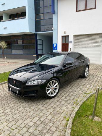 Jaguar XF 3.0 biturbo 300 cp
