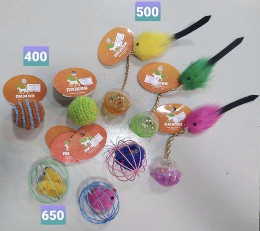Мячики ,погремушки,мышки для котят и взрослых кошек