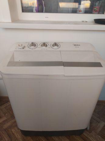 Полу автомат стиральная машина новая продаю