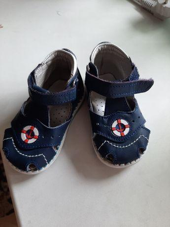 Ортопедическая детскя обувь