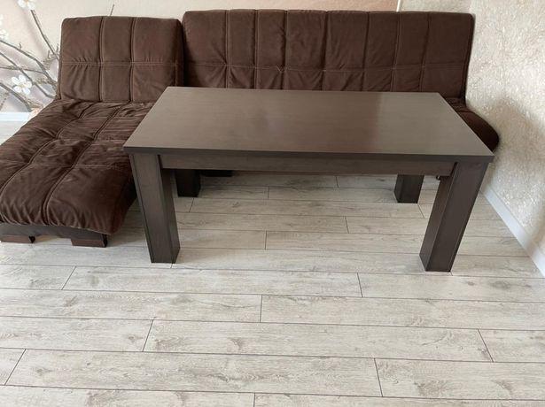 Продаётся стол в идеальном состоянии