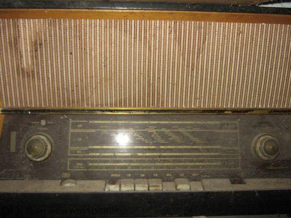"""радио """"мелодия 10"""""""