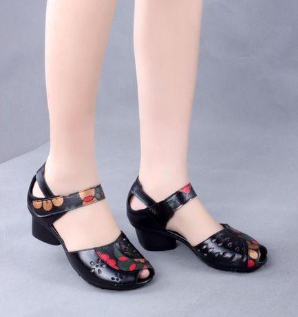 Туфли новые с рисунком