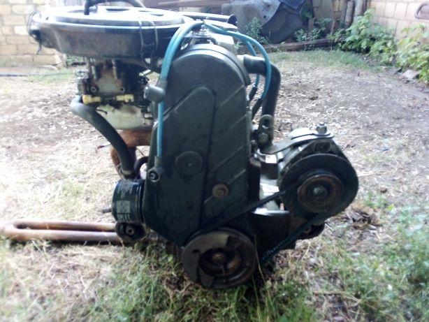 Двигатель с коробкой полный комплект ОКА