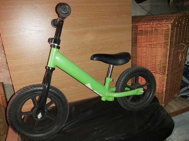 Bicicletă fără pedale