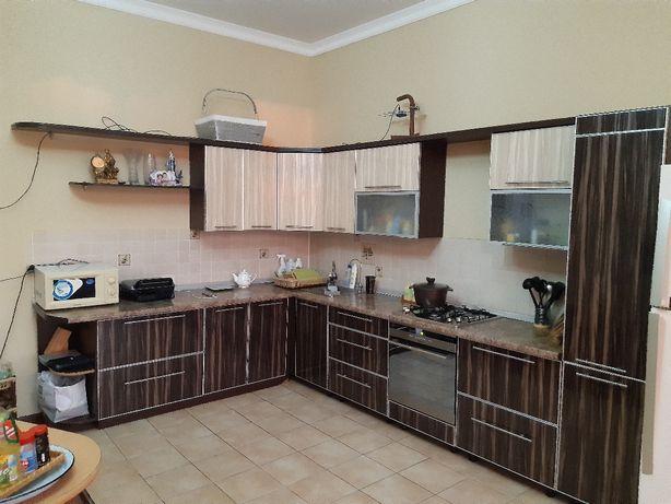 Кухонный мебель