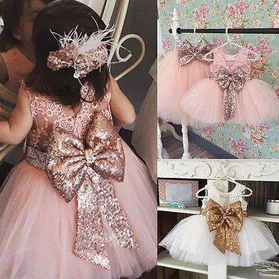 Rochita printesa party, nunta pentru fetita 3 ani