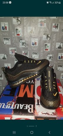 Adidasi Nike Air Max 720 Gold