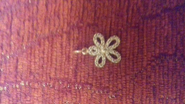 Pandantiv floare din argint cu cristale Swarovski