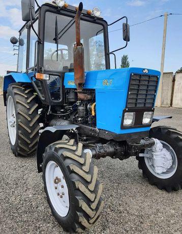 Продам трактор МТЗ 82.1 в хорошем состоянии все вопросы на ватсап