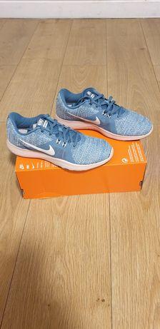 Nike Flex Trainer 8 nr.36,38