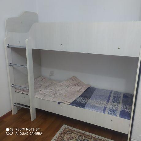 Детский двухъярусный кровать