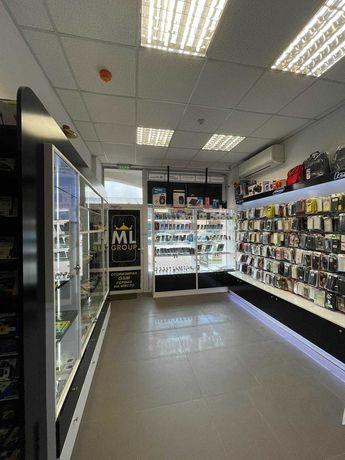 Магазин / сервиз за мобилни телефони предлага сервизни услуги