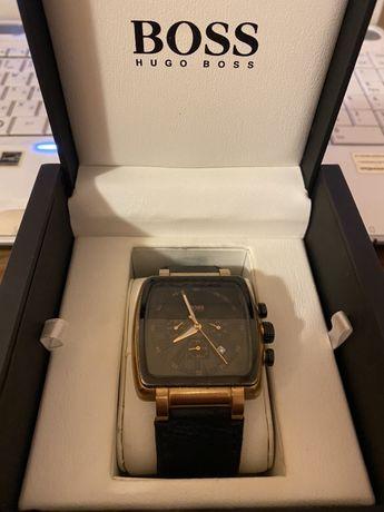 Часовник Boss Hugo Boss