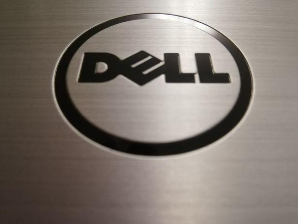 Dell Inspiron 17 inch impecabil