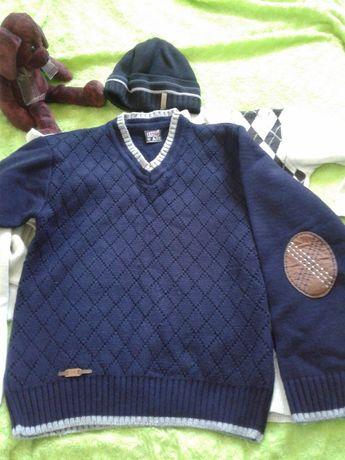 Школьные костюмы  и кофты