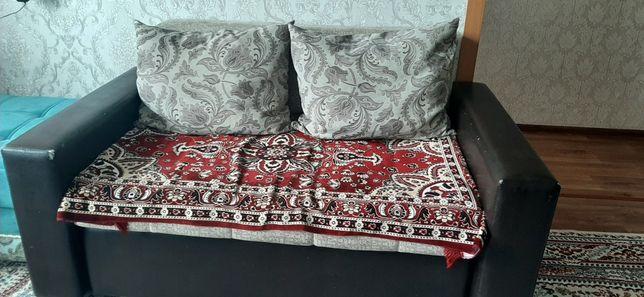 Продам диванчик не дорого