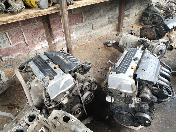 Двигатель на хонду стрим