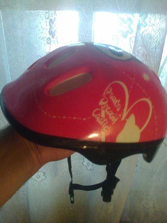 Продам  шлем для спорта  2500 тенге.