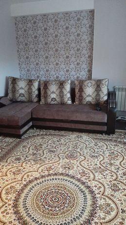 Продам диван в отличном состоянии,покупали за 300.000