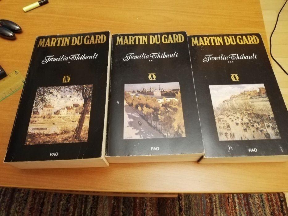 Roger Martin Du Gard - Familia Thibault (3 volume) Bucuresti - imagine 1