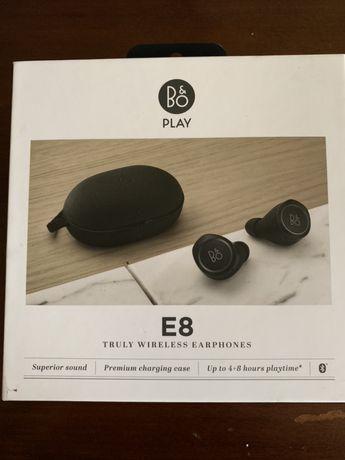 Casti B&o E 8