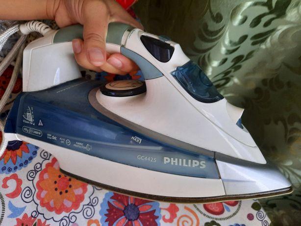 Продается утюг Philips