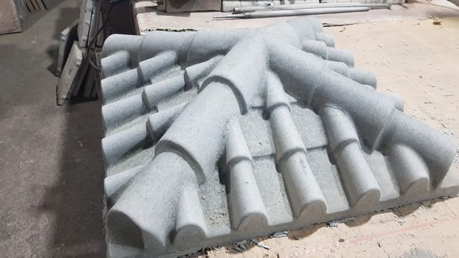 Производим накрывки на забор и колонны !
