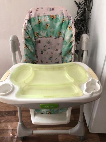 Детский стол для кормления.